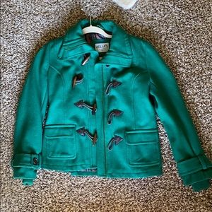 Green toggle button peacoat